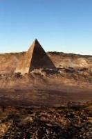 ArtinasPyramidMars2120