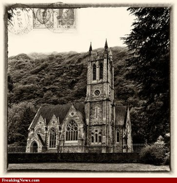 Kylemore-Abbey-Postcard-Memories--90420